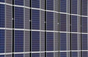 Miért éri meg befektetni napelemekbe